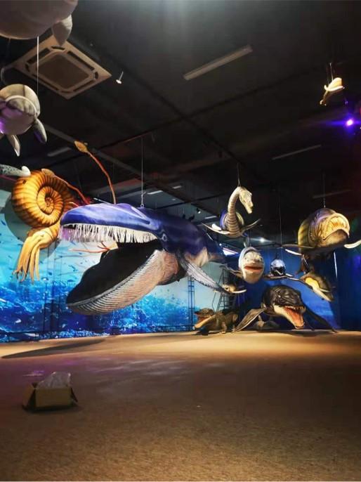 Pluchen dieren in ware grootte levensecht bij museum of tentoonstelling